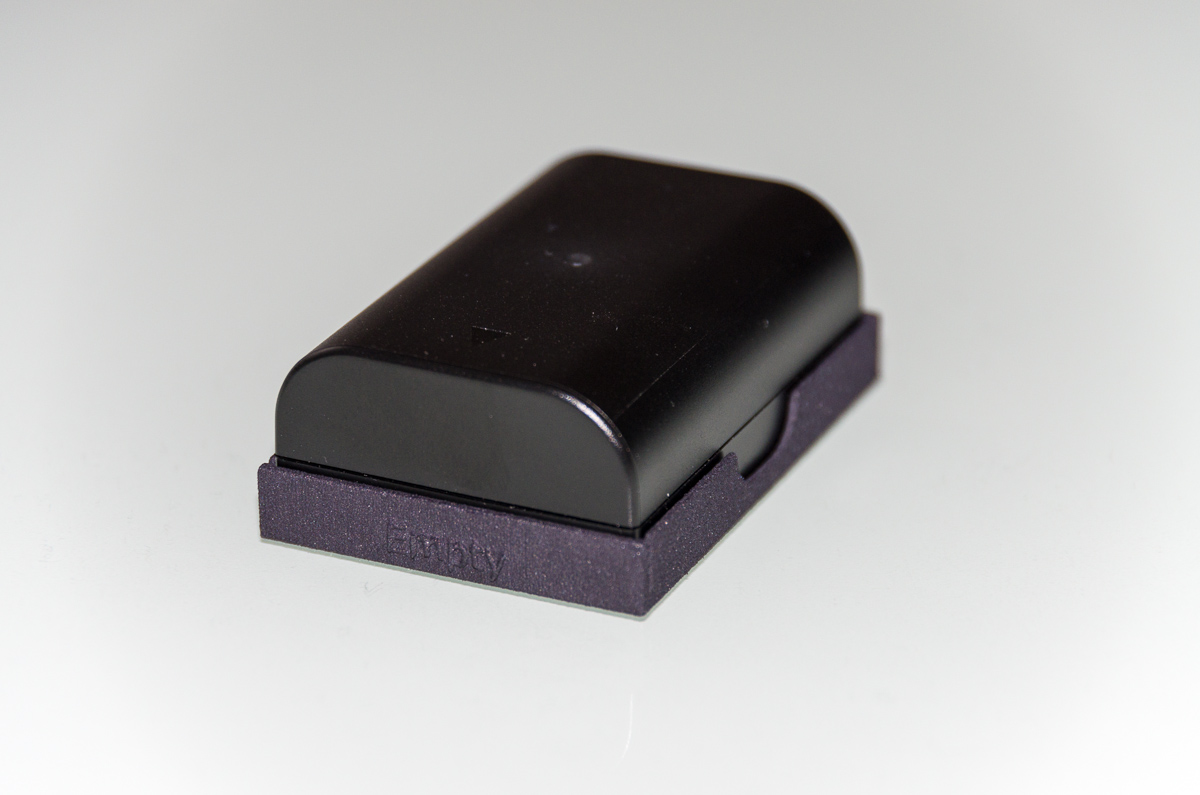 Battery Cover for Pentax K-5 / K-7 batteries